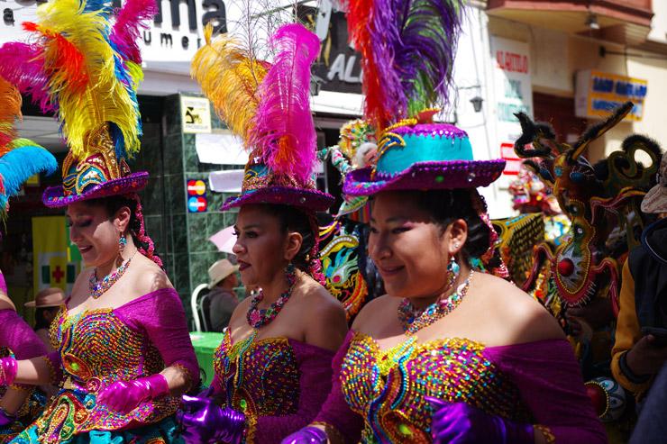 チチカカ湖最大のお祭り『カンデラリア祭』 in プーノ