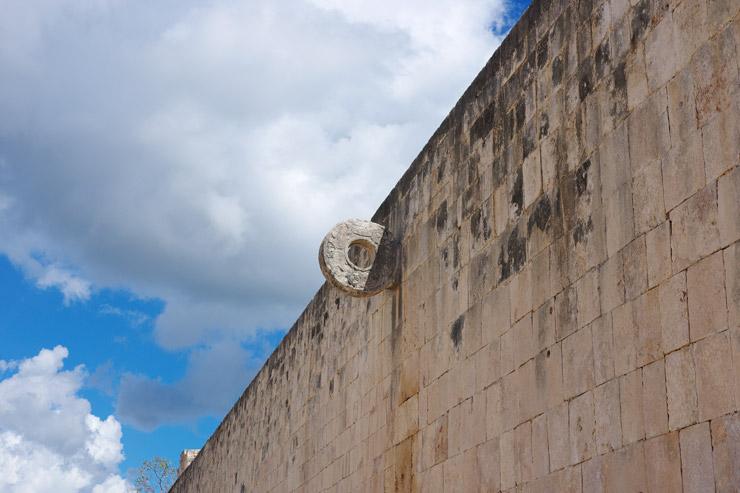古代都市チチェン・イッツァの球技場