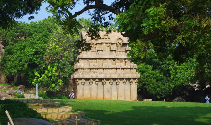 マハーバリプラムの石窟寺院
