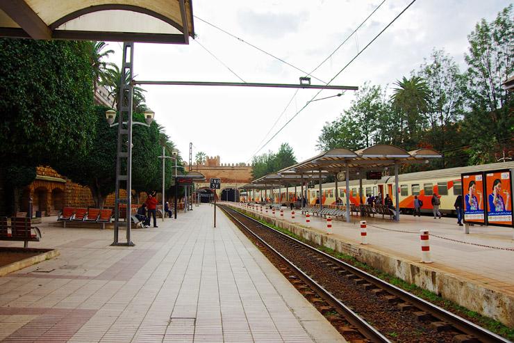 ラバトの駅