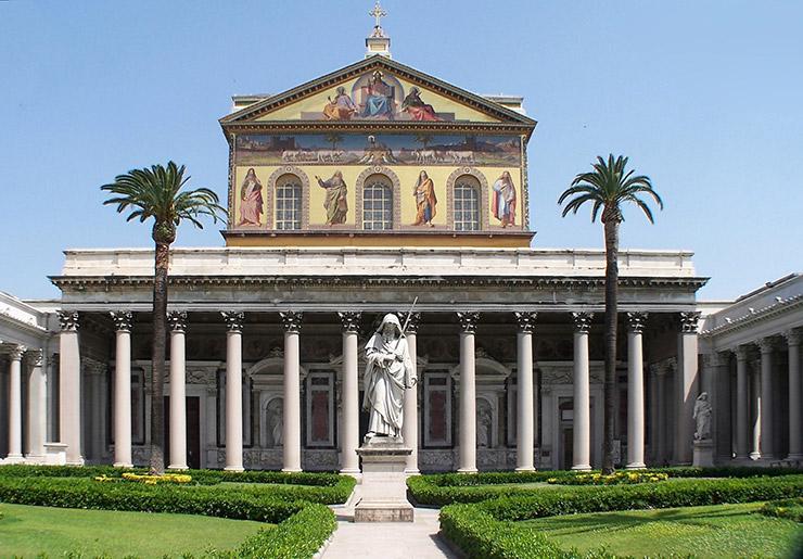 サン・パオロ・フオーリ・レ・ムーラ大聖堂