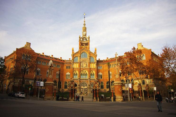 ガウディの師匠リュイス・ドメネク・イ・ムンタネー作の世界遺産『バルセロナのカタルーニャ音楽堂とサン・パウ病院』