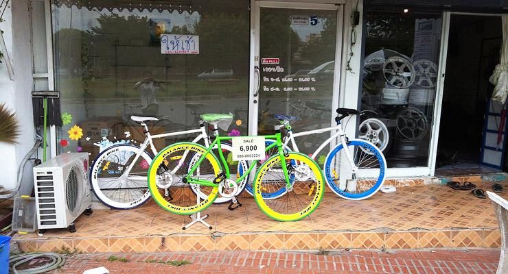 アユタヤで売っていた自転車