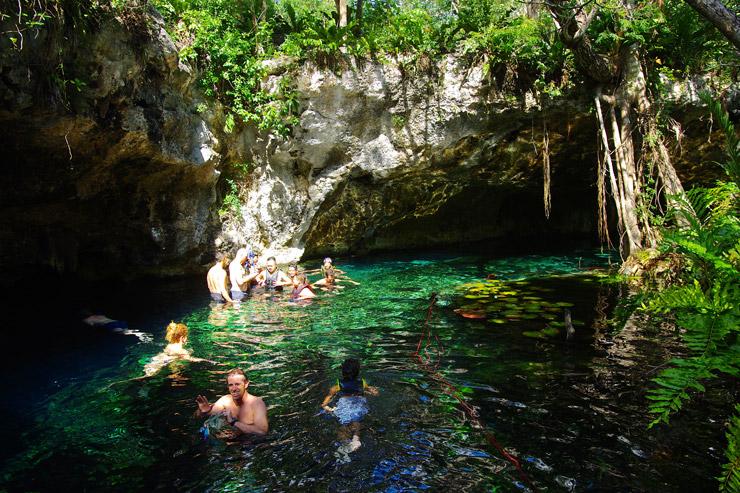 グラン・セノーテ(Gran Cenote)