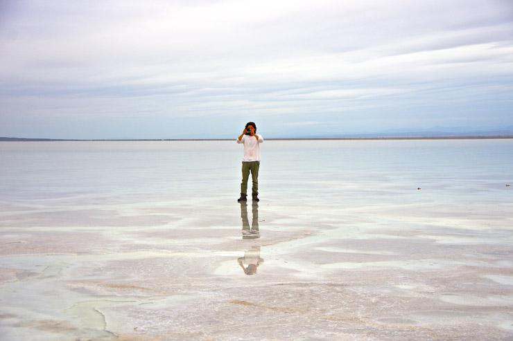 今、旅人の間で世界一の絶景として注目される場所のひとつ、『エチオピアのダナキル砂漠』初日 | 鏡張りのソルトレイク編(塩湖)アサレ湖