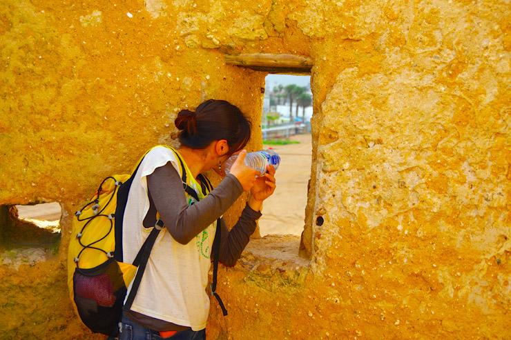 アル・ジャディーダの城壁の上