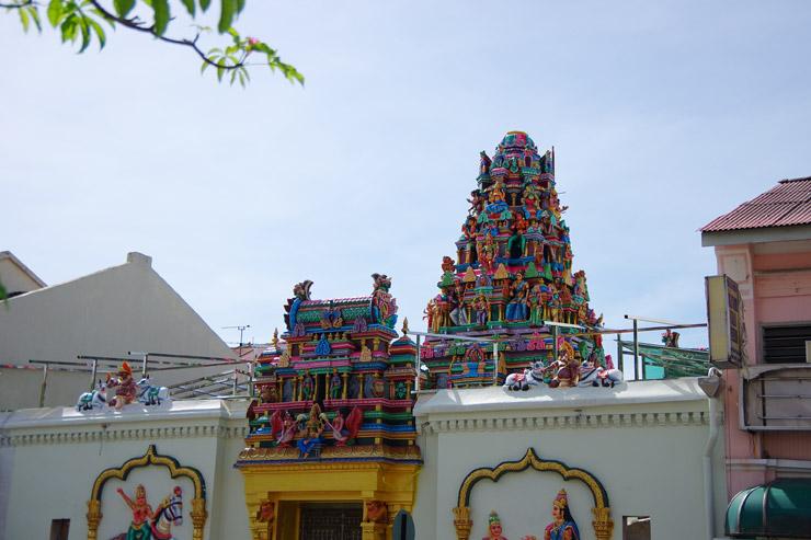 MAHAMARIAMMAN TEMPLE(スリ・マハ・マリアマン寺院)