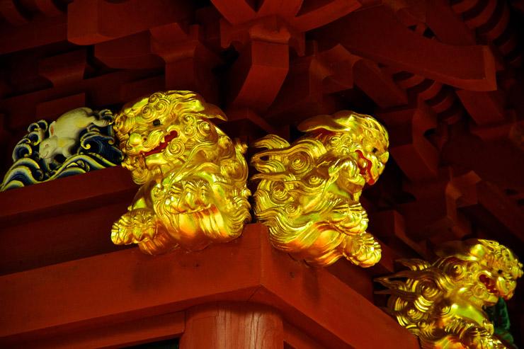 榛名神社の唐獅子
