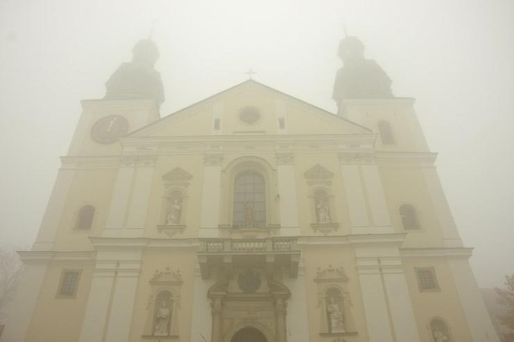Zgromadzenie zakonne Ojcow Bernardynow