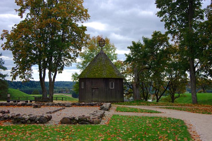 ケルナヴェの木造の礼拝堂