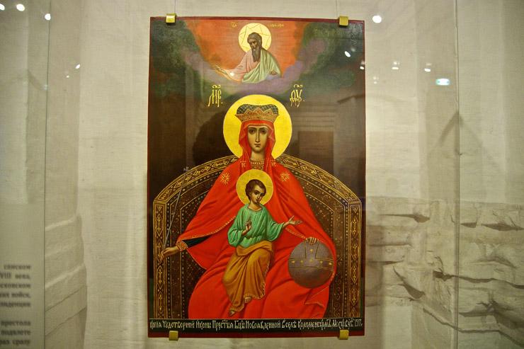 コローメンスコエの昇天教会の内覧