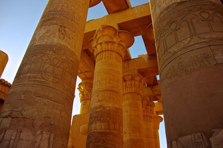 ポルナレフとアヌビス神が決闘したコム・オンボ神殿 | ジョジョの旅、聖地巡礼