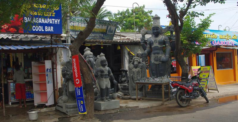 マハーバリプラムの石像屋さん