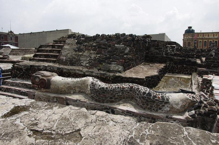 アステカ帝国の大神殿テンプロ・マヨール