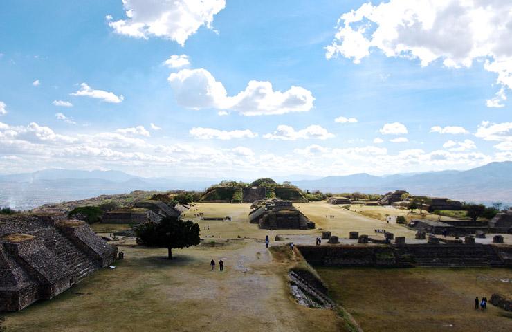 オアハカ歴史地区とモンテ・アルバンの古代遺跡 | メキシコの世界遺産