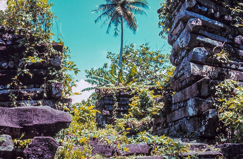 ミクロネシア連邦の世界遺産『ナン・マトール:ミクロネシア東部の中心的祭祀場』