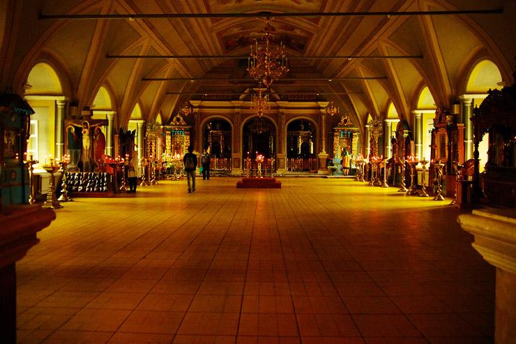 ウスペンスカヤ教会の内部