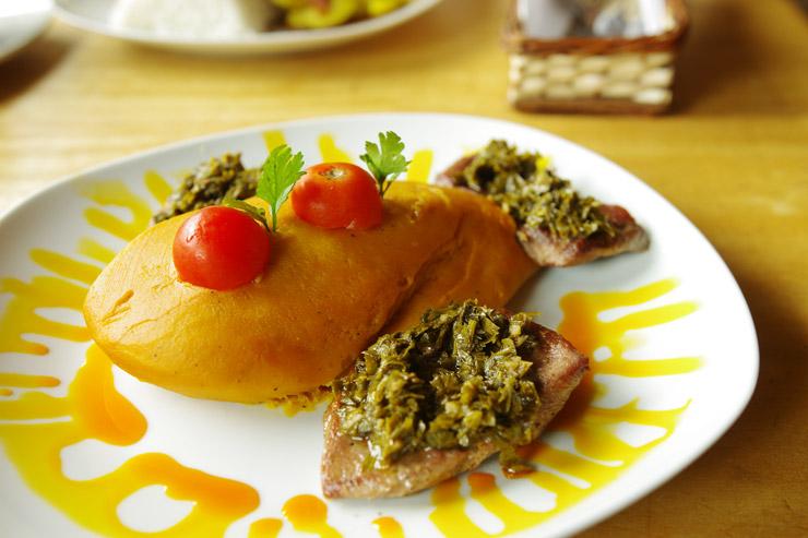 アルパカ料理