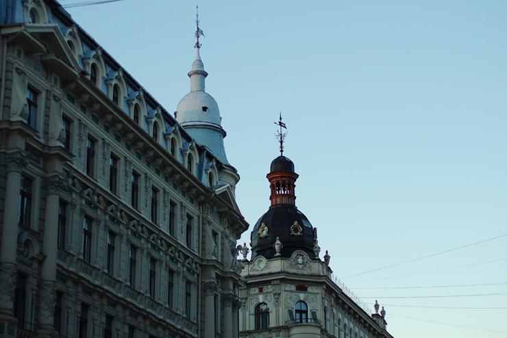 ソビエトのような街並のリガ