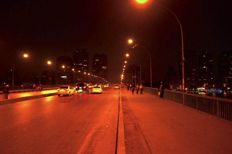 ロードローラーの橋
