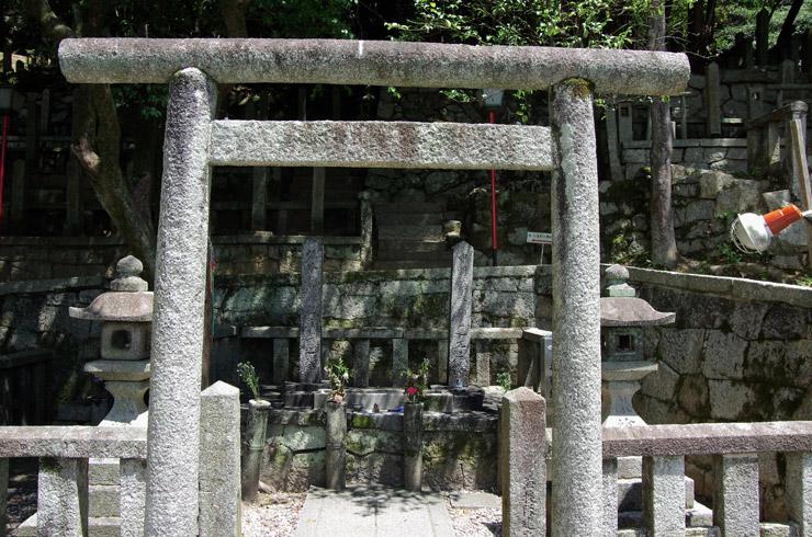 坂本龍馬と中岡慎太郎のお墓