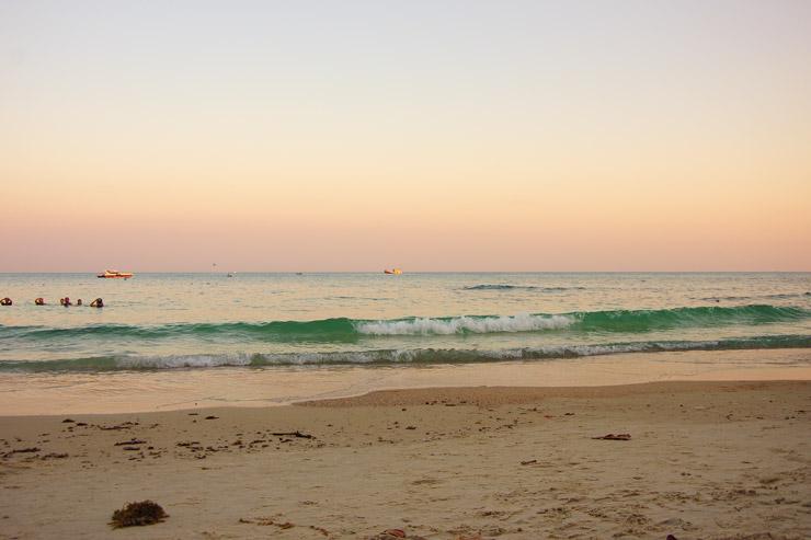 バンコクから気軽に行けるおすすめのビーチ『サメット島』
