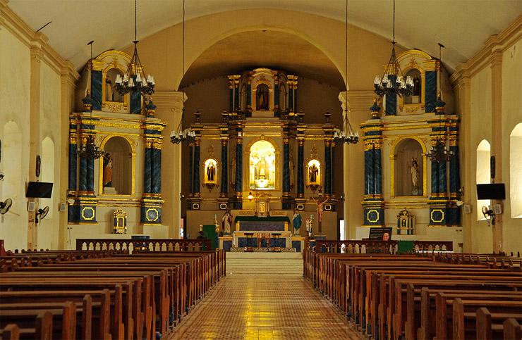 サンタ・マリアにあるアスンシオン教会の内部