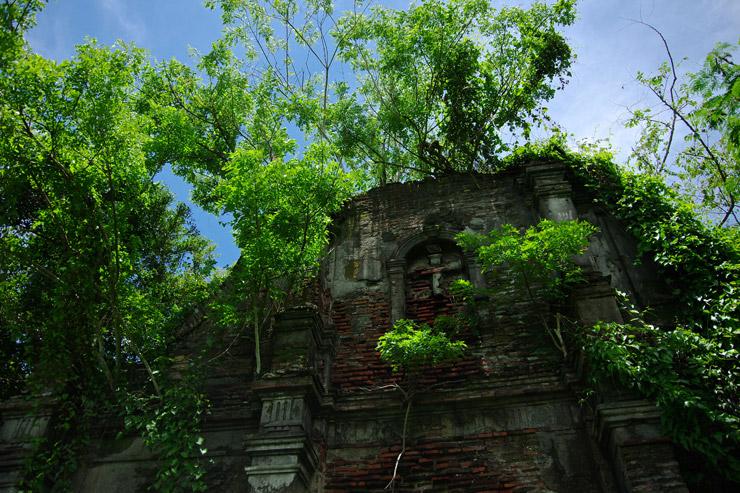 ヌエストラ・セニョーラ・デ・ラ・アスンシオン教会 | 世界遺産『フィリピンのバロック様式教会群』のひとつ