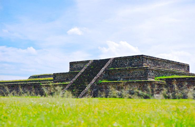 古代都市テオティワカン