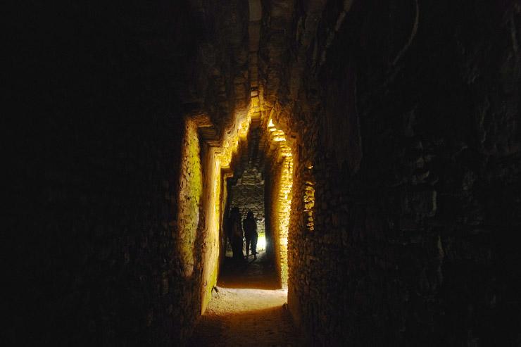 トニナ遺跡のピラミッド内部