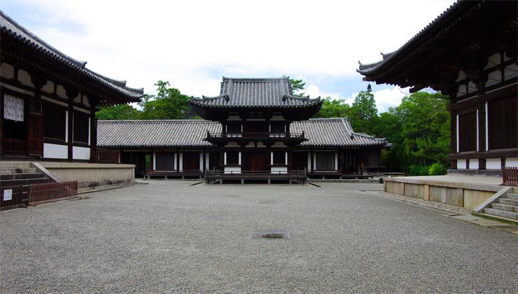 唐招提寺の鼓楼