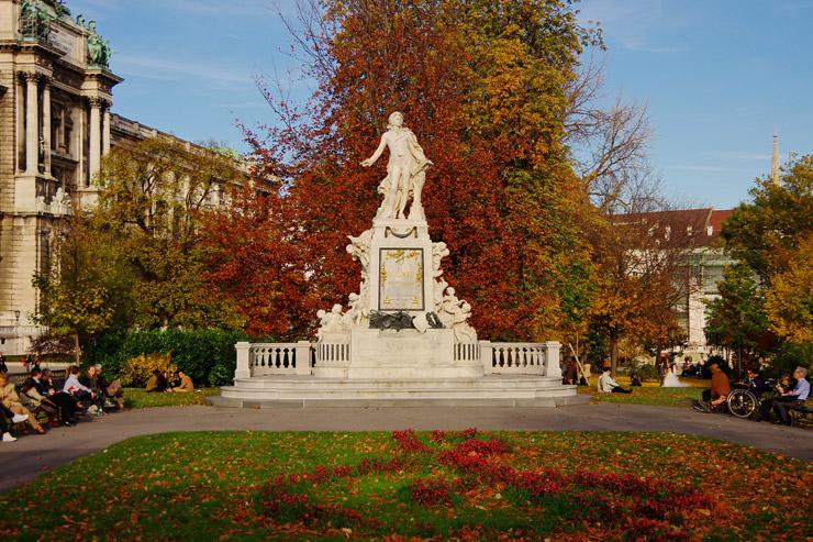 モーツアルトの像