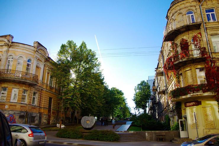 クライペダから首都ヴィルニュス(ビルニュス)、リトアニア横断の旅