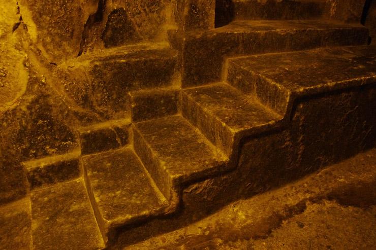 岩塩で出来た階段